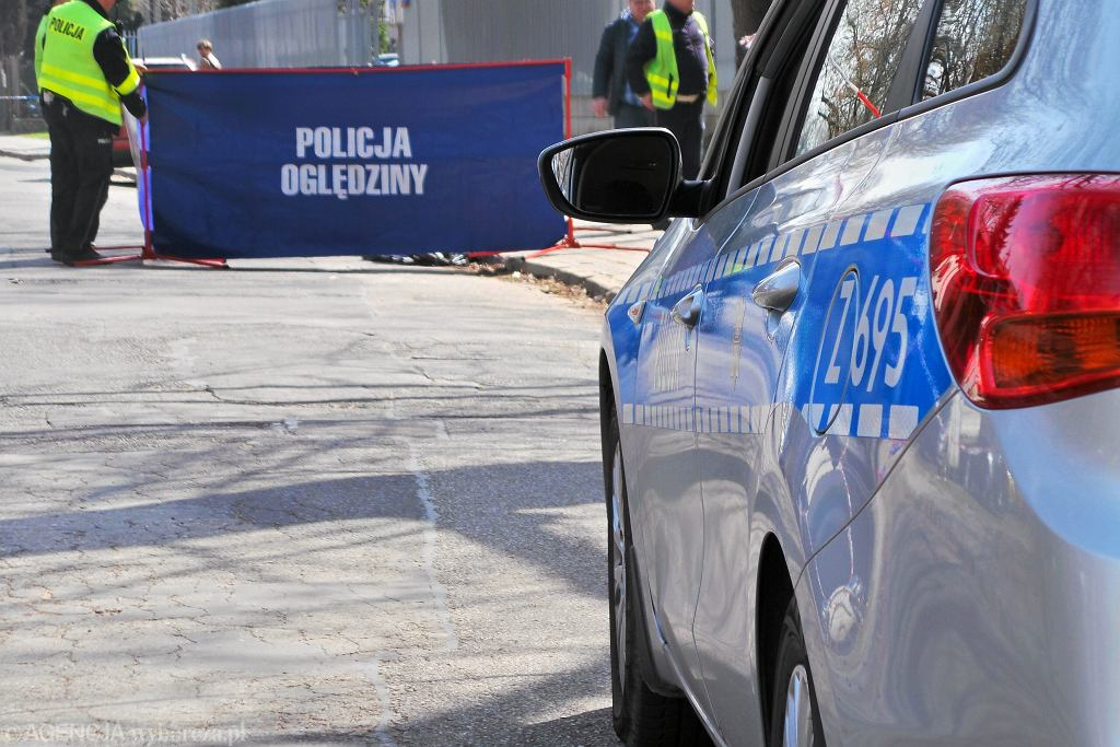 Tragiczny Wypadek W Warszawie Samochód Wjechał W Słup Nie żyją