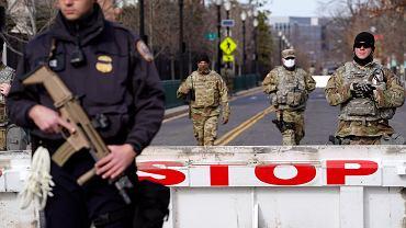 Środki ostrożności w Waszyngtonie. Zdjęcie ilustracyjne
