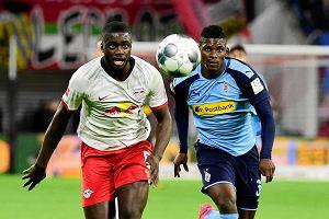 Niesamowity mecz na szczycie w Bundeslidze! Cztery gole i kuriozalna czerwona kartka!