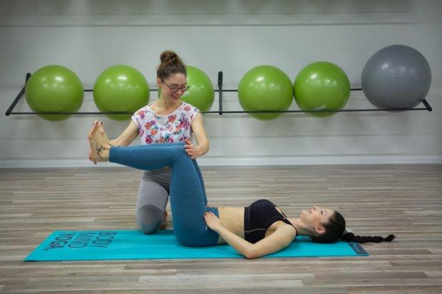 Dzięki odpowiednim ćwiczeniom można uniknąć wielu poważnych problemów zdrowotnych, np. nietrzymania moczu (fot. Sara Leszczyńska)