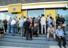 Grecy na limicie gotówkowym
