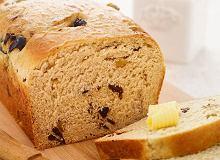 Chleb orzechowo-śliwkowy - ugotuj