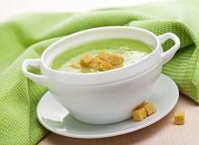 Zielona zupa z groszku - ugotuj