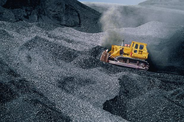 Ekonomiści wskazują, że?wkład górnictwa węgla kamiennego do PKB wynosi 0 albo minus 0,2 proc. To znaczy, że wszyscy pracują na górnictwo