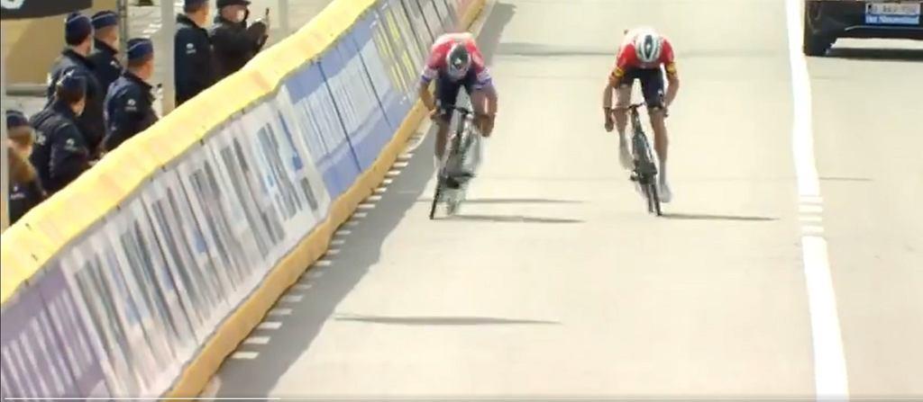 Asgreen wygrał po sprinterskim finiszu Ronde van Vlaanderen 2021