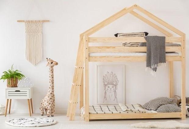 Łóżko piętrowe dla dzieci: Mebel o wielu funkcjach i w różnych stylach