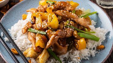 Kurczak po seczuańsku - przepis na danie inspirowane kuchnią chińską