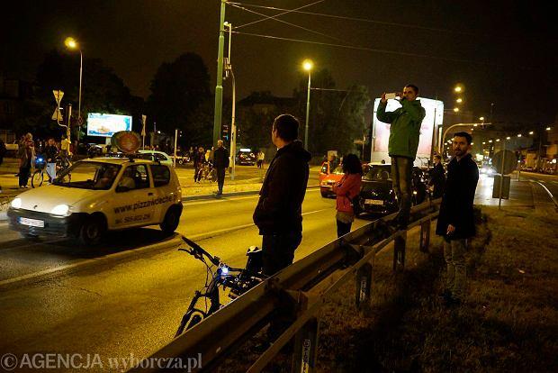 Zdjęcie numer 24 w galerii - Lokomotywa Lecha Poznań przejechała ulicami miasta pod stadion przy Bułgarskiej [ZDJĘCIA]