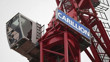 Dźwig z logo firmy Carillion na londyńskiej budowie.