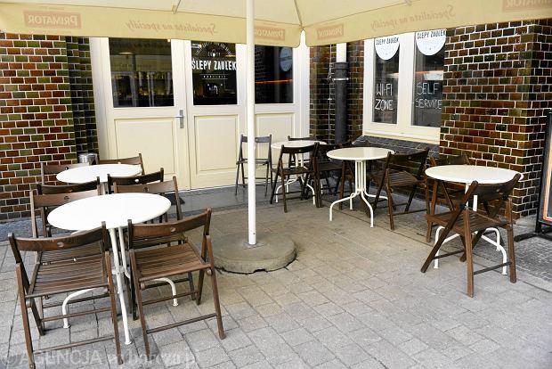 Zdjęcie numer 65 w galerii - Ogródki restauracyjne pierwsze tej wiosny i te przedwojenne [ARCHIWALNE ZDJĘCIA]