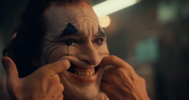 2Joaquin Phoenix jako Joker - pierwsze kadry z fimu
