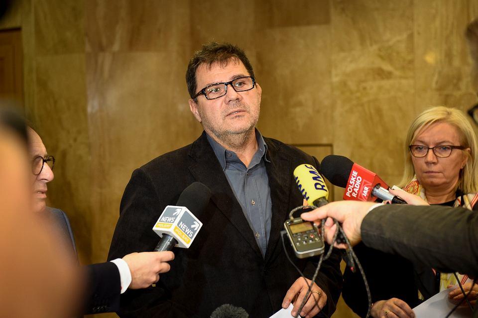 Sędzia dubler Mariusz Muszyński podczas konferencji po obradach Trybunału Konstytucyjnego. Warszawa, 7 listopada 2016