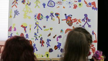 %Wystawa  Stacja autyzm ' w Olsztynie