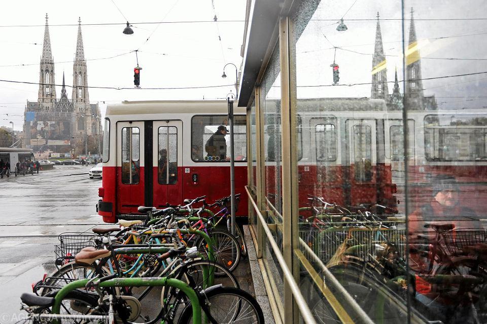 Wiedeń, a teraz Graz zachęcają do korzystania z komunikacji miejskiej biletem rocznym za 228 euro