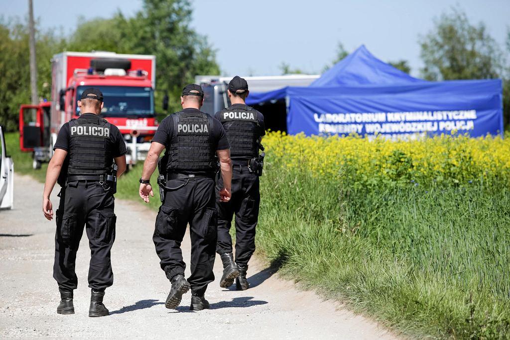 Policja i straż pożarna przeszukują dno Wisły w związku ze sprawą Iwony Cygan