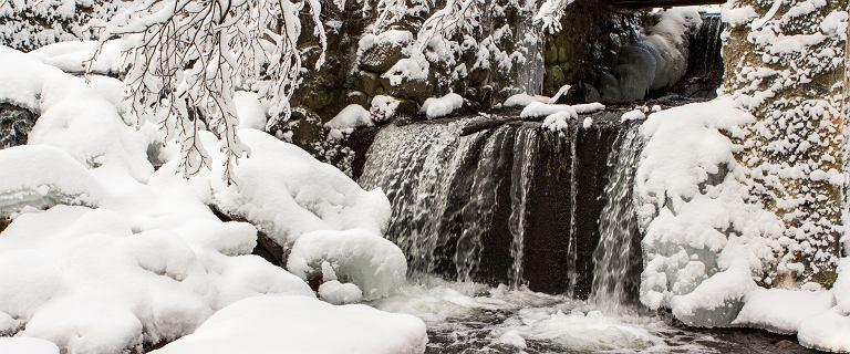 Zima zaatakowała nie tylko na południu. Mamy piękne zdjęcia z zasypanej śniegiem Suwalszczyzny