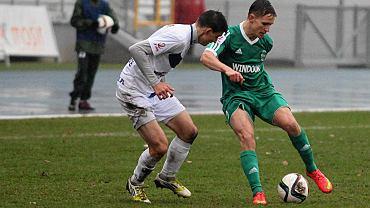 Krystian Puton (z piłką) zdobył jedną z bramek w sparingu z Energią