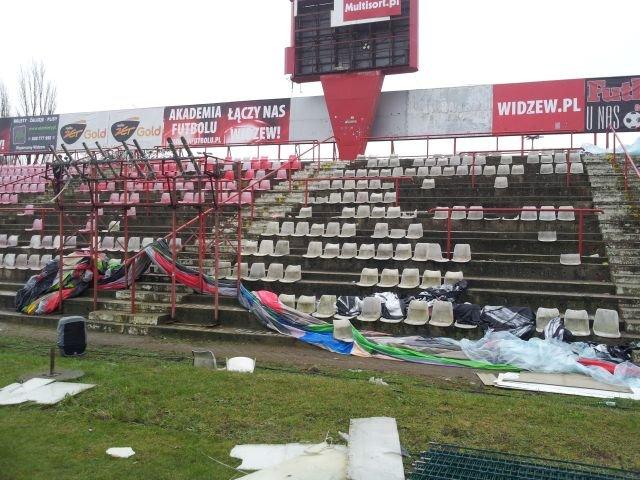 Trwa demontaż infrastruktury na stadionie przy al. Piłsudskiego