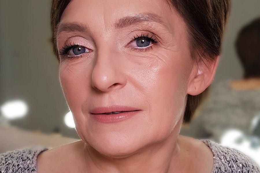 Odmładzający makijaż twarzy
