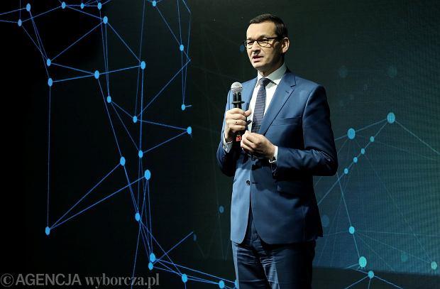 Globalny podatek od wielkich korporacji. Polska zyska ok. 800 mln euro, jeśli wyrzuci do kosza inny podatek