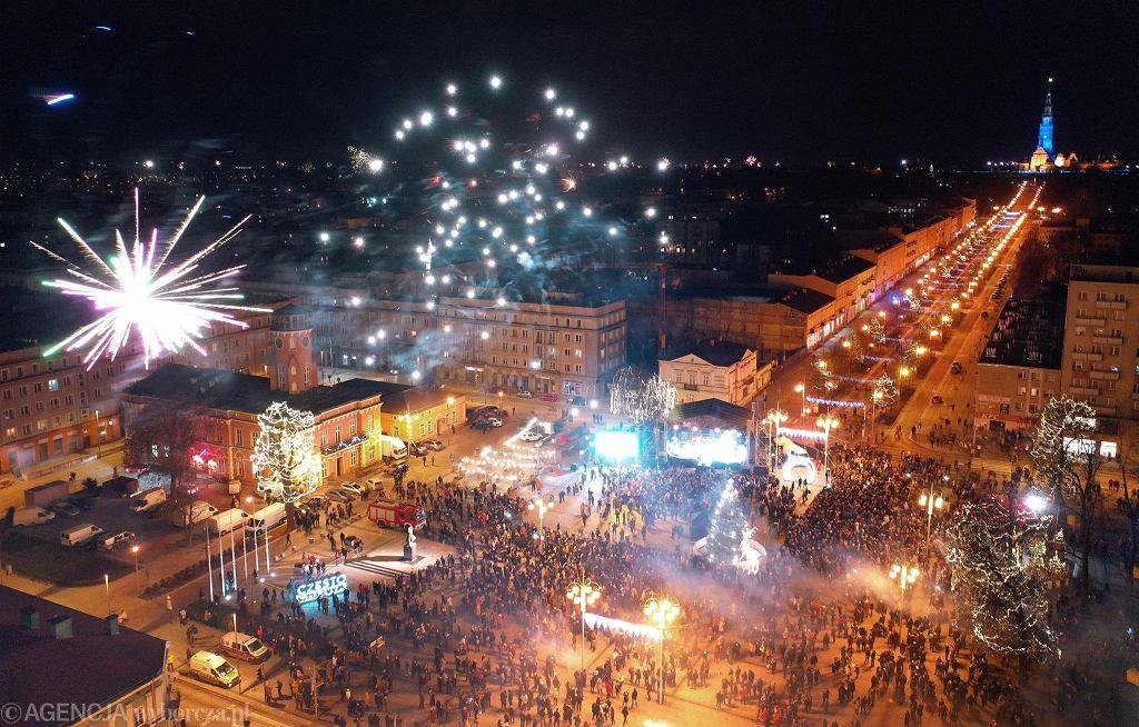 Częstochowa, plac Biegańskiego, 31 grudnia 2019 / 1 stycznia 2020 r.