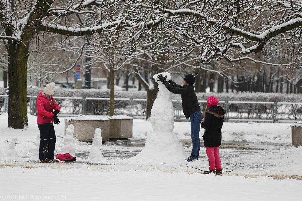Ferie 2021. Co robić zimą w Warszawie? W tym roku ostatnie dni ferii mamy wyjatkowo zimowe