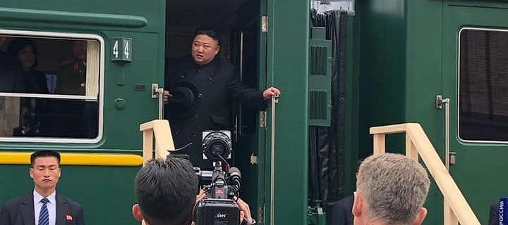 Kim Dzong Un przyjechał do Rosji. Witany chlebem i solą