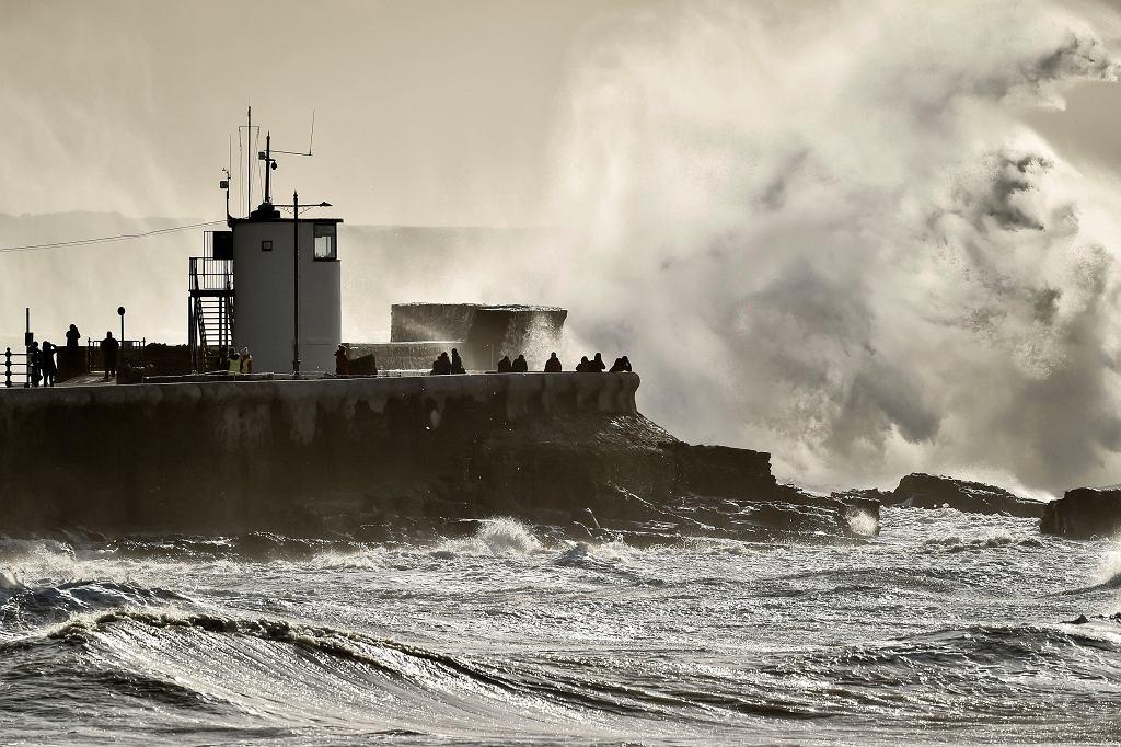 Sztorm Jorge uderzył w Wyspy Brytyjskie (zdjęcie ilustracyjne)