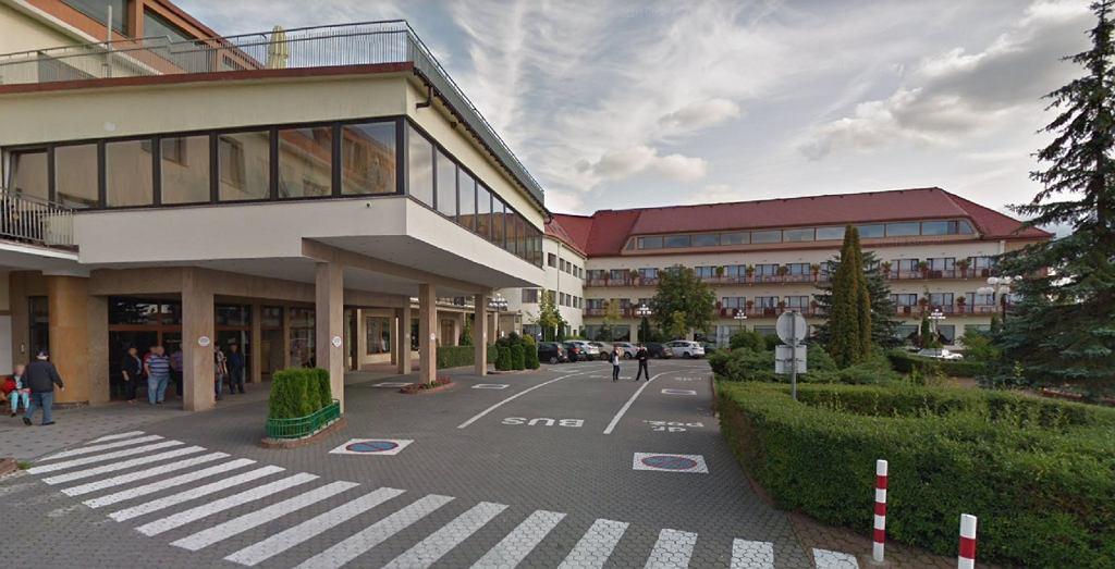Hotel w Mikołajkach. Zdjęcie ilustracyjne