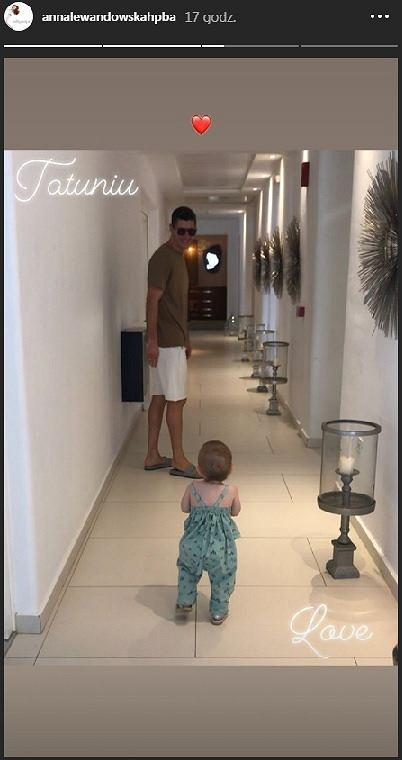 Szczęśliwy Robert Lewandowski ze swoją córką Klarą