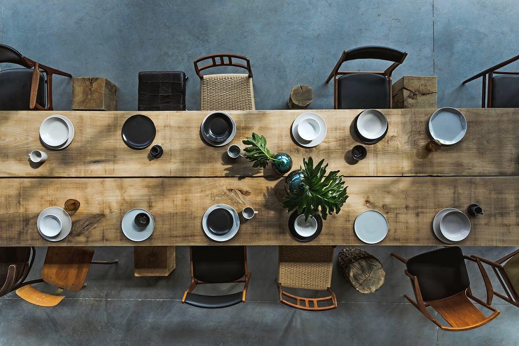 Stylowe krzesła do jadalni o ponadczasowym designie.