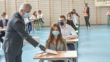 Matura próbna 2021. 5 marca egzamin z języka angielskiego (zdjęcie ilustracyjne)