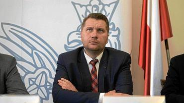 Kiedy wracamy do szkoły? Minister Czarnek: Dyrektorzy otrzymają ok. 200 mln zł na zajęcia dodatkowe dla uczniów