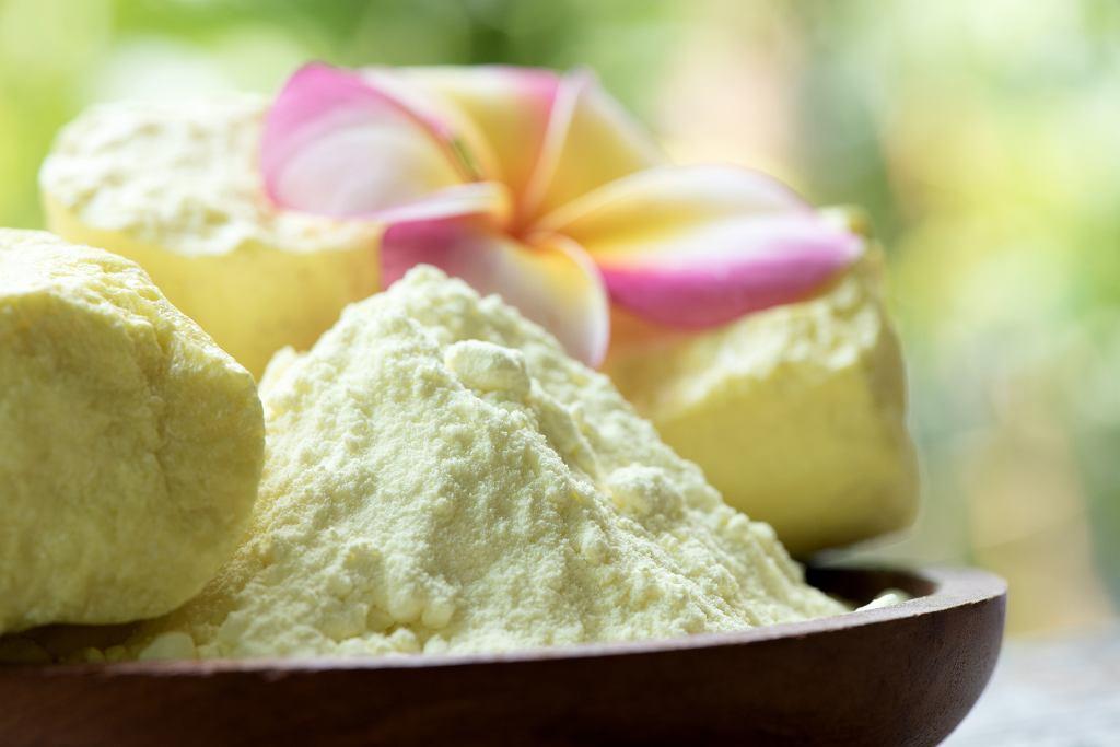 Mydło siarkowe ma sporo zastosowań w kosmetyce. Zdjęcie ilustracyjne, wasanajai/shutterstock.com