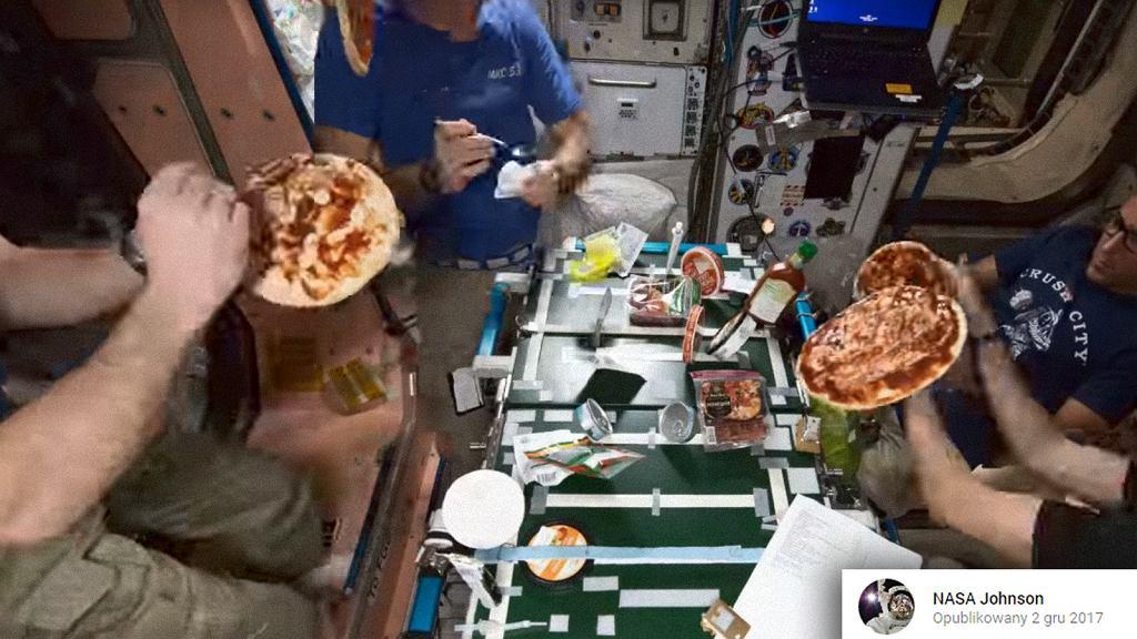 Szef dostarczył pizzę na... stację kosmiczną!