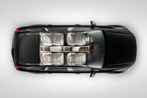 Volvo XC90 testuje szklany most