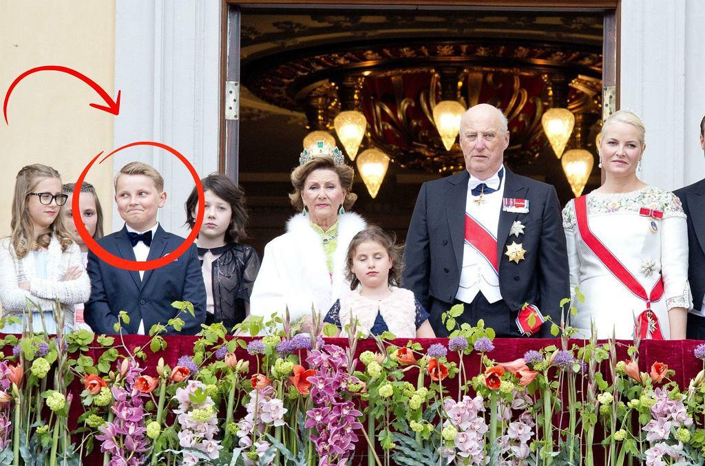 Norweska rodzina królewska podczas obchodów 80. urodzin króla Haralda V i królowej Sonji