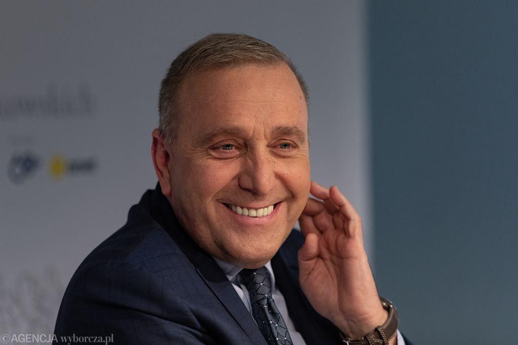 Szef PO Grzegorz Schetyna podczas debaty 'Jak pokonać populizm'. Warszawa, 10 maja 2019