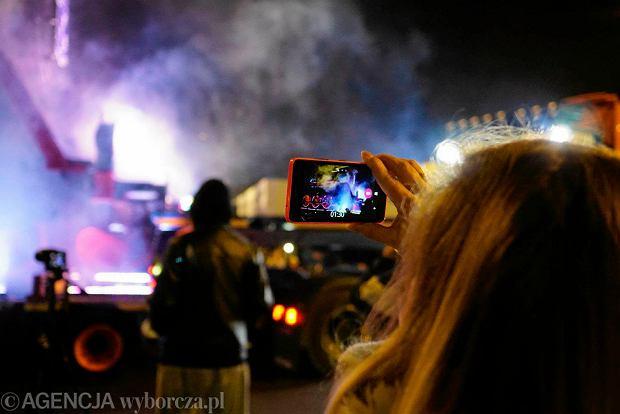 Zdjęcie numer 23 w galerii - Lokomotywa Lecha Poznań przejechała ulicami miasta pod stadion przy Bułgarskiej [ZDJĘCIA]