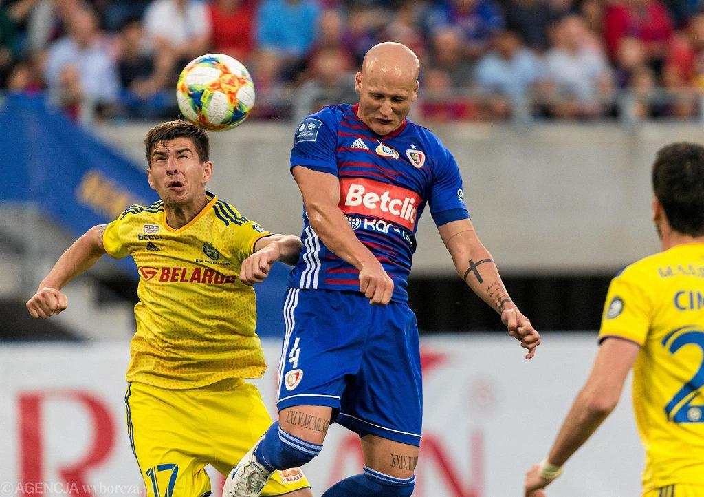 Jakub Czerwiński w meczu z BATE Borysów w el. Ligi Mistrzów w lipcu 2019 roku