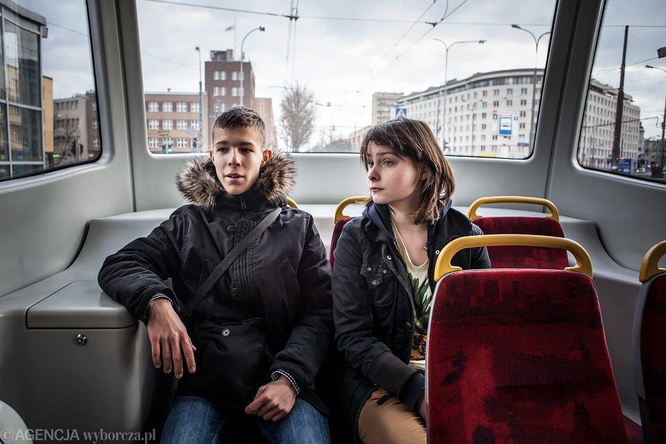Przez rok wolontariusze spotykali się z nastolatkami ze spektrum autyzmu. Na zdjęciu Asia z Jankiem, Warszawa, 2014 r.