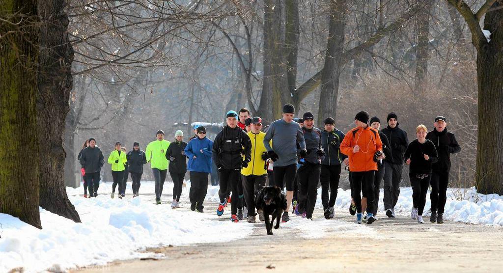 Tydzień temu biegacze przygotowywali się w Parku Skaryszewskim do Maratonu Orlenu