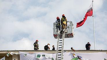 Akcja Greenpeace na dachu Ministerstwa Środowiska
