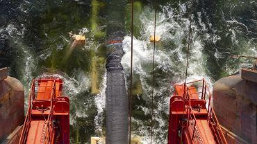 Instalowanie rurociągu Nord Stream 2 w Zatoce Fińskiej