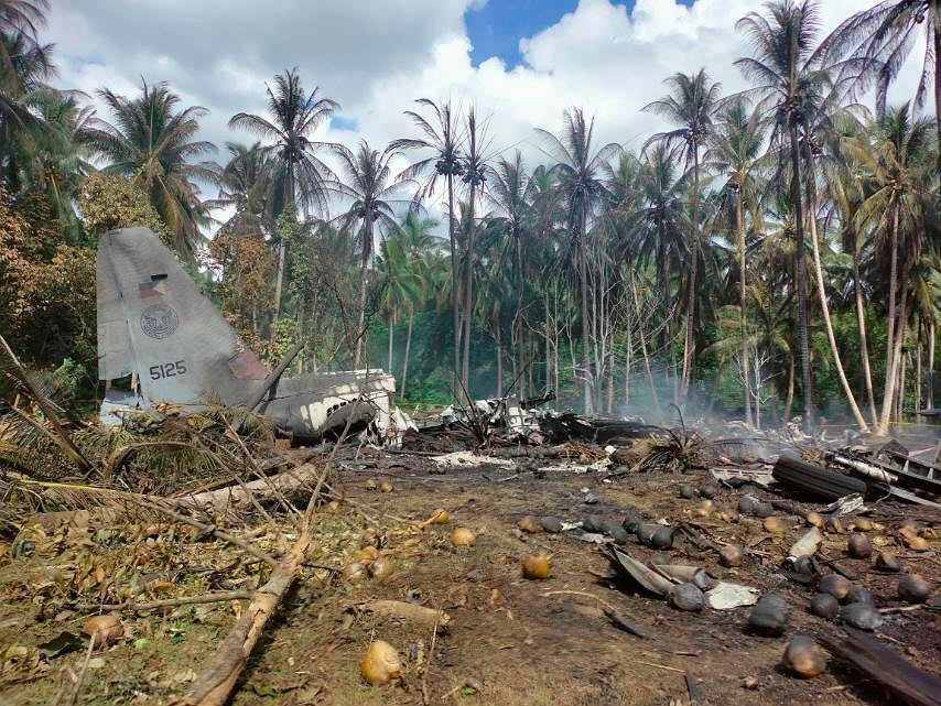 Filipiny. Katastrofa samolotu sił powietrznych na wyspie Jolo