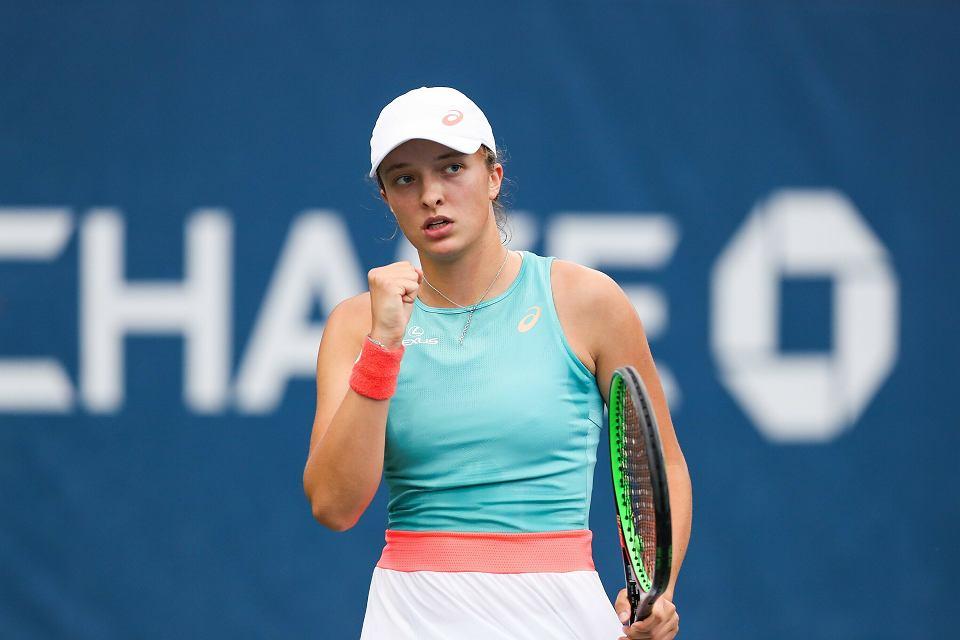 Rewelacyjna Iga Świątek w Paryżu! Zmiotła z kortu finalistkę French Open!  Tenis - Sport.pl
