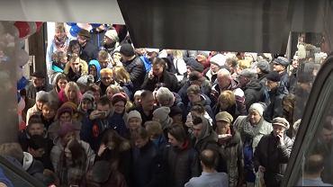 Tłumy na otwarciu galerii handlowej w Cieszynie