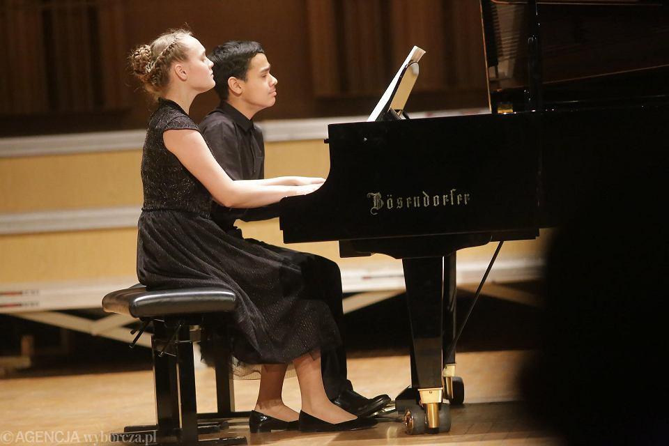 Zdjęcie numer 12 w galerii - Desant pianistów z Azji najlepszy. Finał Konkursu Duetów Fortepianowych
