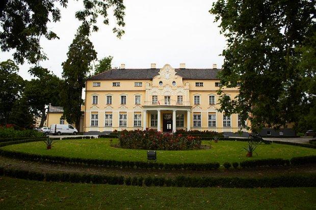 Pałac w  Witaszycach/ Fot. CC BY- SA 3.0 pl/ Araspaterka/ Wikimedia Commons