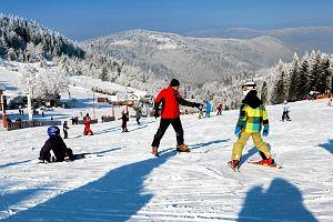 Sprawdzamy ceny karnetów w ośrodkach narciarskich w Polsce. Gdzie jest najtaniej? [PORÓWNANIE CEN]